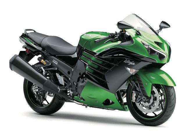 画像: K001 KAWASAKI Ninja ZX-14R ABS/High Grade ■価格:168万4800円/186万8400円 強力なエンジンパワーと空気抵抗の少ないフルカウルによって超高速走行を可能にしつつ、ワインディングを軽やかに駆け抜ける優れたハンドリングも備えた、オールラウンドなメガスポーツ。2016年モデルでは、より快適なライディングポジションへと変更。