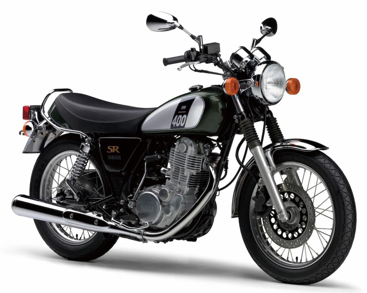 画像: Y021 YAMAHA SR400/60th Anniversary ■価格:55万800円/58万3200円(60th Anniversary) 1978年にデビューして以来、今年で38年目を迎えたSR400。ヤマハ創業60周年を記念し、70〜80年代のレースシーンで活躍したイエロー地にブラックのスピードブロックパターンを組み合わせた特別色の「60th Anniversary」モデルは期間限定受注モデルだ。