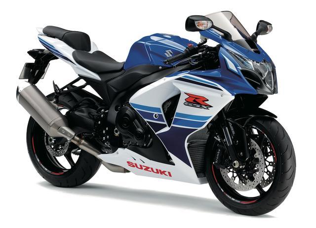 画像: S005 SUZUKI GSX-R1000/ABS ■169万5600円/176万400円(ABS) 「ザ・トップ・パフォーマー」をコンセプトに、軽量なボディに中低速から強力なエンジンで高いポテンシャルを実現するGSX-R1000。現行モデルは2012年に登場、熟成を重ねて高い戦闘力をキープ。