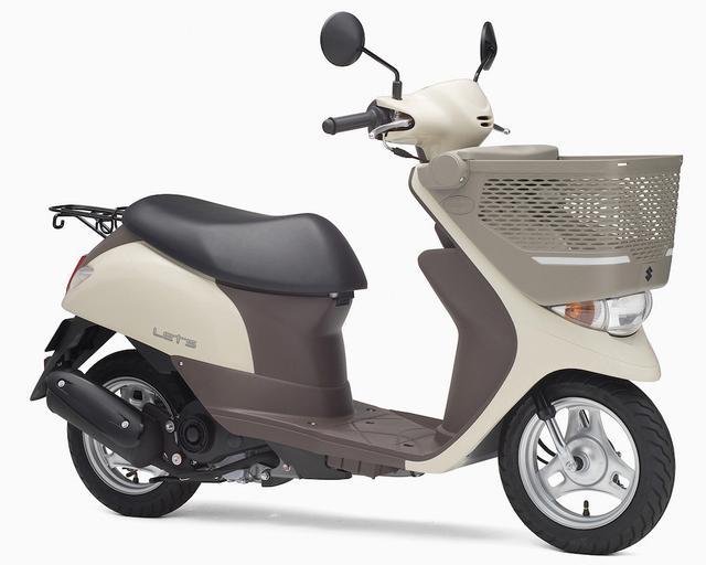 画像: S047 SUZUKI LET'S BASKET ■価格:16万6320円 25Lという大型フロントバスケットを装備したお買い物スクーター、レッツバスケット。2015年5月発売のモデルからは、エンジンが新型に変更されてさらなる低燃費を実現した。