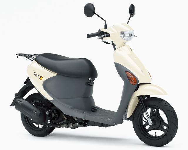 画像: S048 SUZUKI LET'S4/BASKET ■価格:※13万8240円/※16万920円 ※生産終了モデル スズキのベーシックな50ccスクーター。軽量コンパクトで乗り降りしやすいサイズのボディは、シート下収納など実用性も優れている。FI仕様の空冷エンジンの燃費も良好だ。