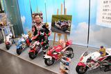 画像: 手島雄介と74Daijoro 雄介はここ10年ほど、74Daijiroで子どもバイク教室を熱心に開催しています