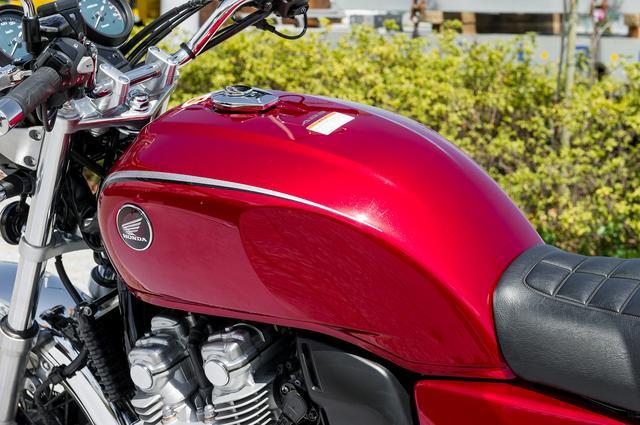 画像3: Honda CB1100 VS CB1100/EXの違いはココだ!