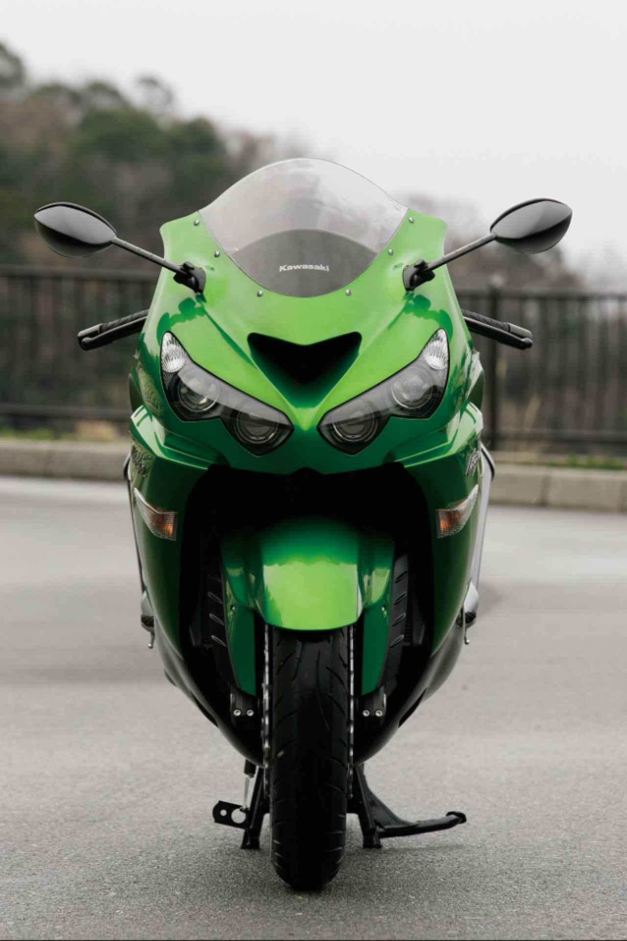 画像1: ZZR1400から進化したモンスターバイク。