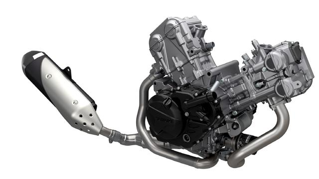 画像: 水冷DOHC645cc90°Vツインエンジンは、従来モデルであるグラディウス650と比べて60箇所以上のパーツを新設計。国内新排気ガス規制(ユーロ4相当)に対応し、燃費性能も向上している。アルミダイキャストシリンダーにはスズキ独自のSCEM(Suzuki Composite Electrochemical Material)メッキシリンダーを採用。フリクションの低減と、高い放熱性、耐摩耗性、気密性を確保している。