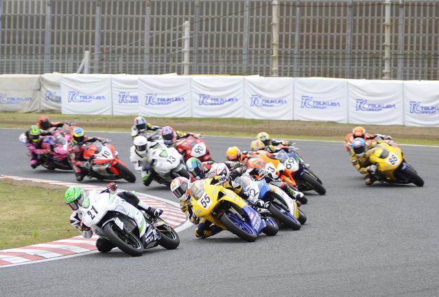 画像: 2016年から、エリア選手権の「MFJカップ」レースとしてスタートしたJP250。先日の全日本選手権・岡山大会でも併催され、なんと66台のエントリーを集めました!