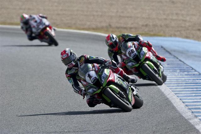 画像: これはレース2。レイ、サイクス、ヘイデンの距離感はこんなかんじでした