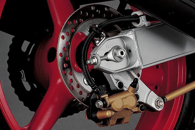 画像4: ワークスモトクロッサーKXの技術を惜しみなく投入したF3レース対応マシーン