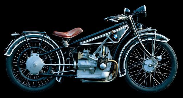 画像: BMW Group100 周年記念 BMW Motorrad 1.00%特別低金利ローン