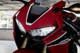 画像: 印象的なマスクはそのまま。ヘッドライトもLEDです。