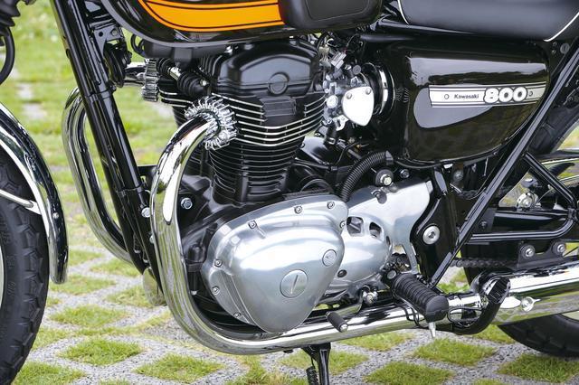 画像: クラシカルで美しい造形のエンジン。ファイナルエディションは通常モデルと異なりブラック仕上げだ。