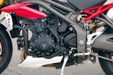 画像: 104箇所ものパーツを見直したという、ほとんど新設計とも言うべきエンジンは軽い拭け上がりが魅力。パワーも140HPとなり、従来型より力量感が大幅に増強されている。
