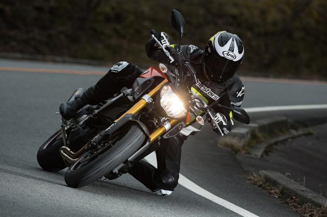 画像: ロード50%、サーキット50%の人気タイヤ! 二次旋回力が超強力