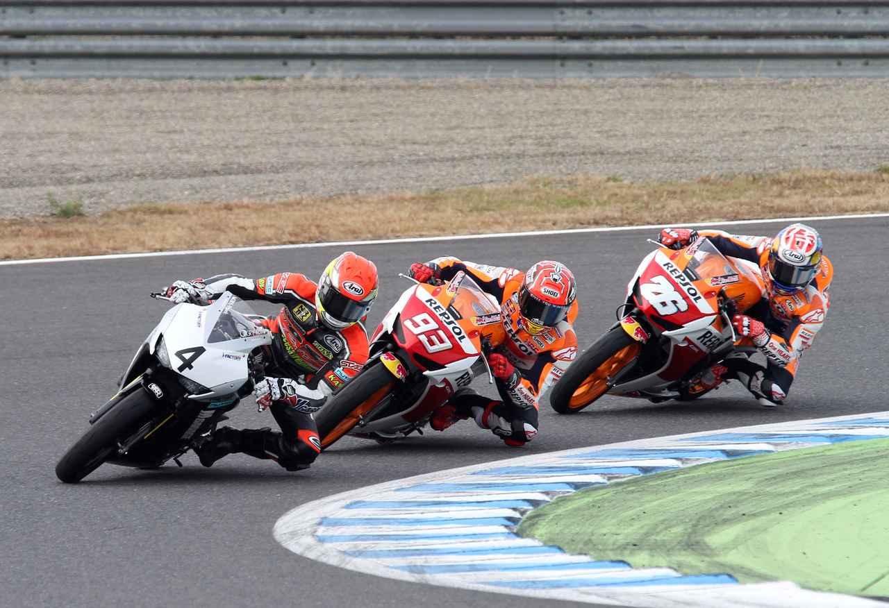 画像1: イベント内ではレースもCBR250R、GROM、NSF100のレースも開催!