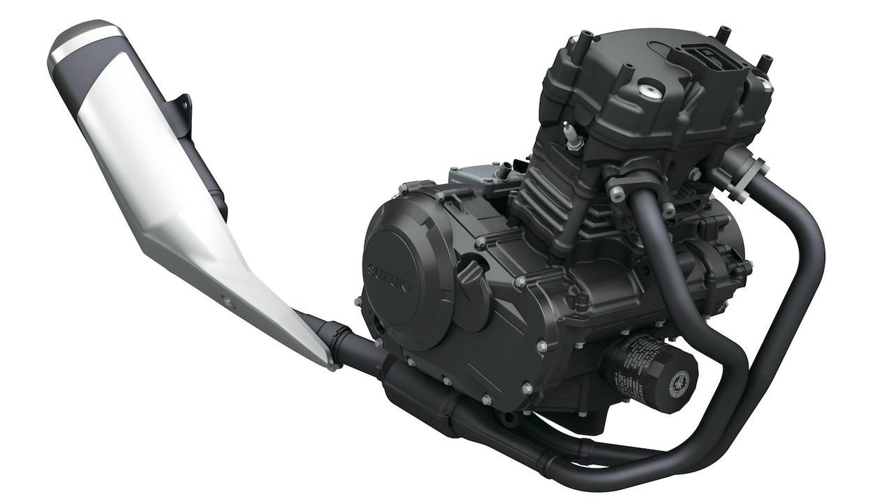 画像: エンジンはGSR 250のパラレルツインをベースに吸排気系を見直した仕様。持ち前のスムーズな特性はそのまま引き継がれ、パワーも25 PSに若干アップ。大幅に軽量化された車体の効果もあって、燃費も向上している。