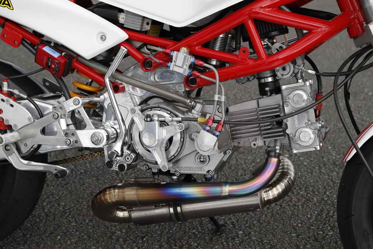 画像: 武川のデスモコンプリートエンジン。各部のフィニッシュも本当にキレイです。
