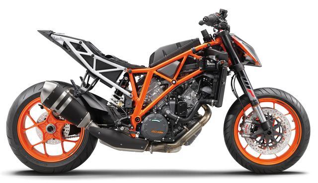 画像: KTM得意のクロモリ製トレリスフレーム