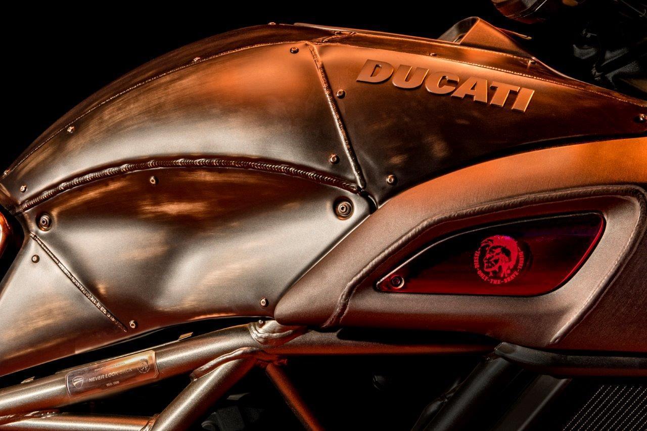 画像3: ドゥカティとディーゼルが再びコラボレーション、ディアベル・ディーゼルを発表