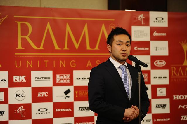 画像: チーム代表、手島雄介です 昨年はライダーとしても鈴鹿8耐を走りました!