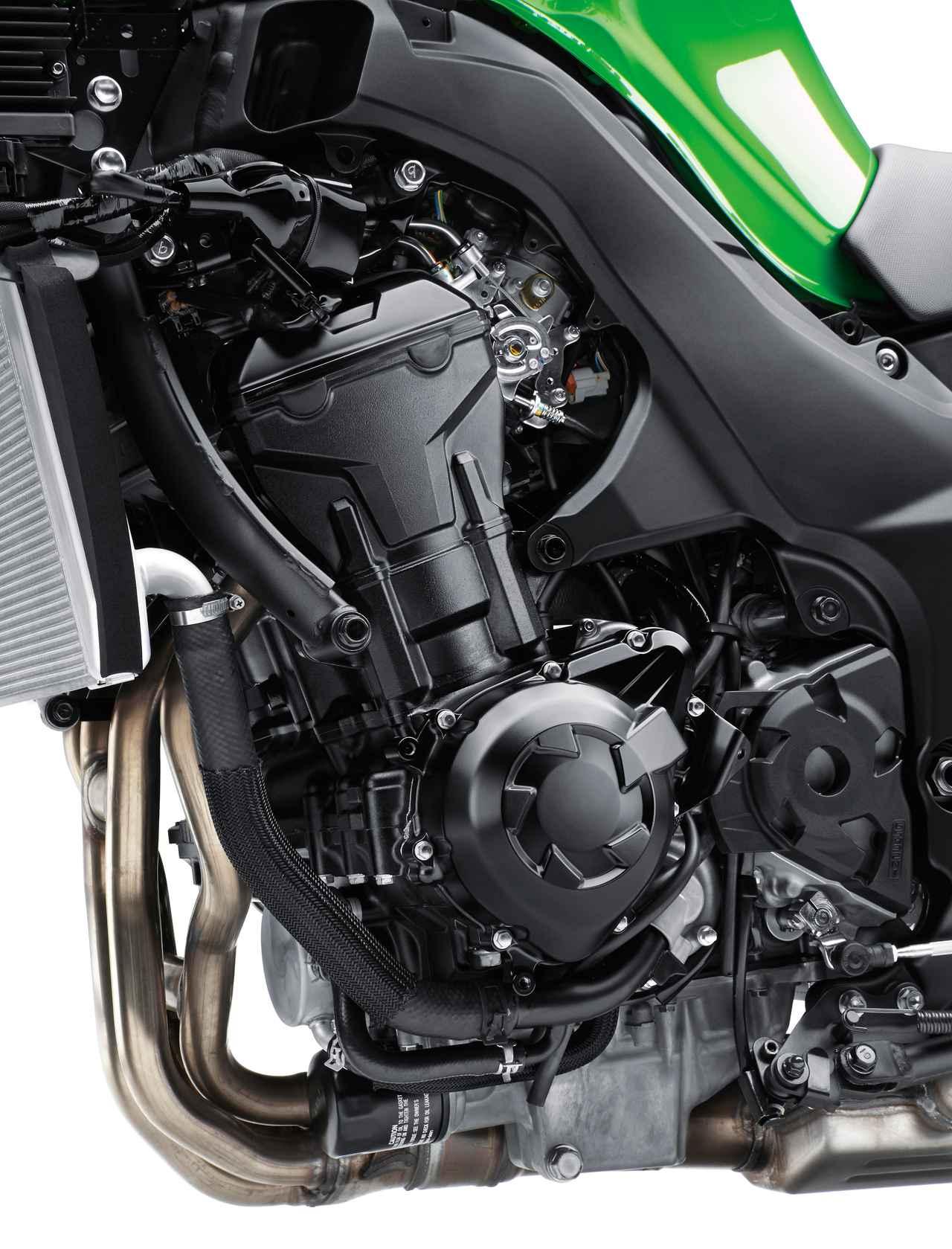 画像: 熟成を重ねて得た高い完成度に加え、最高出力141PSというパワフルさと豊かなトルクを併せ持つ1043cc水冷直4エンジン。ECUセッティングの見直しによってスムーズなパワー特性を実現。