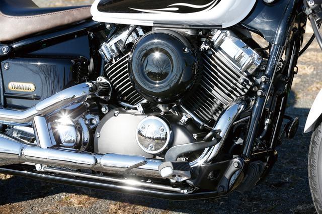 画像: 空冷Vツインならではの美しい造形、クルーザーらしい鼓動感、力強い低中速域のパワー特性とフラットなトルク特性による優れたドライバビリティを備えるエンジン。