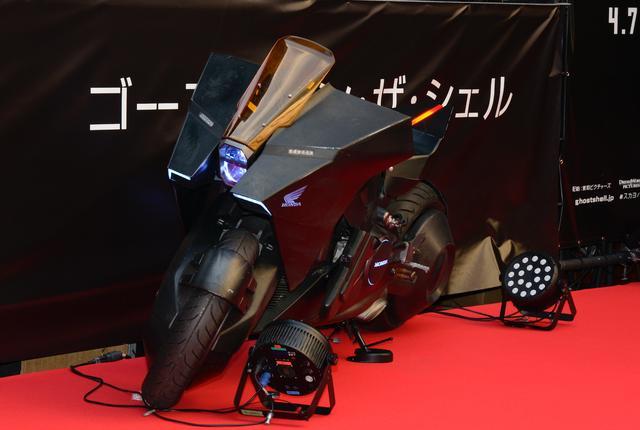 画像12: 近未来をテーマに開発されたNM4が「攻殻機動隊」の実写版でより近未来化!