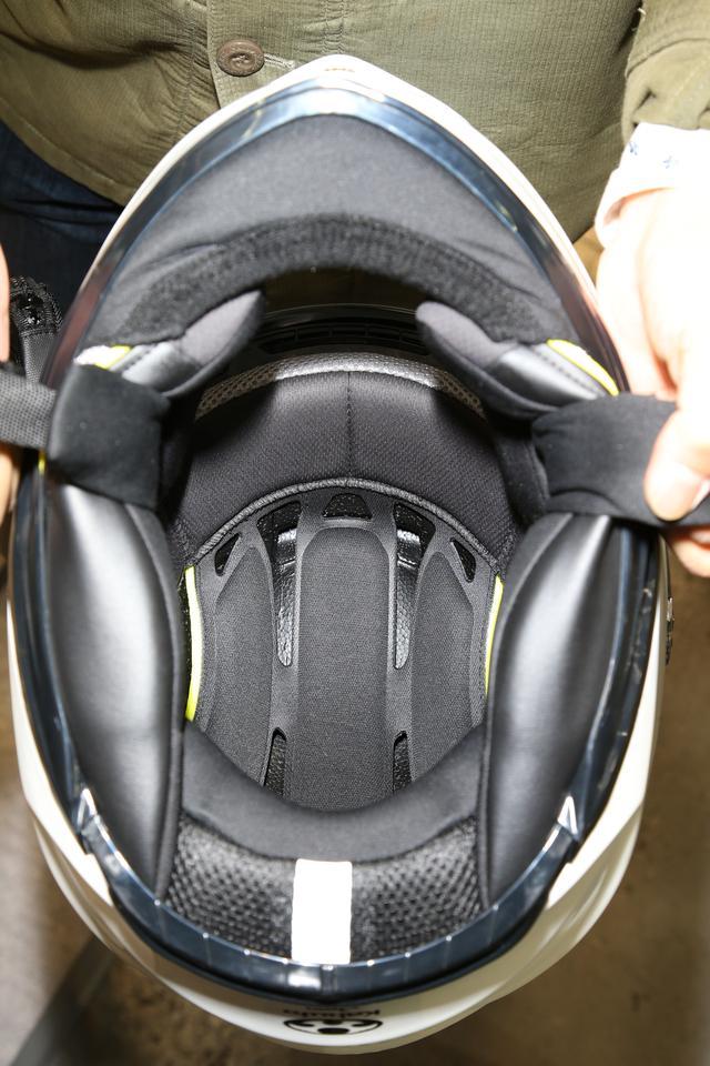 画像: 内装も一新され、安全性の向上はもちろん、快適性と安心感を高めている。