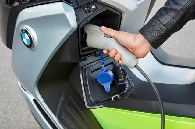 画像3: 新型BMW C evolution5 月12 日より発売開始