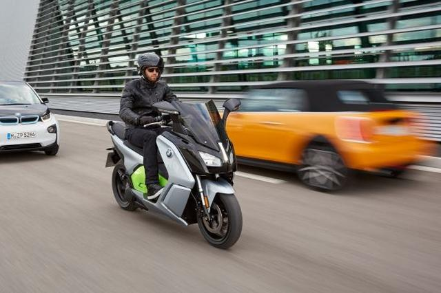 画像1: 新型BMW C evolution5 月12 日より発売開始