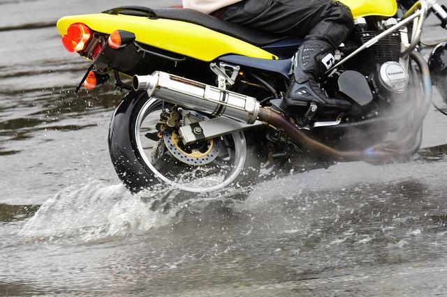 画像1: 曇のち雨、2017年開幕戦は大波乱! オートバイ杯ジムカーナ第1戦