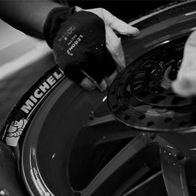 画像: トップ | ミシュランモーターサイクル
