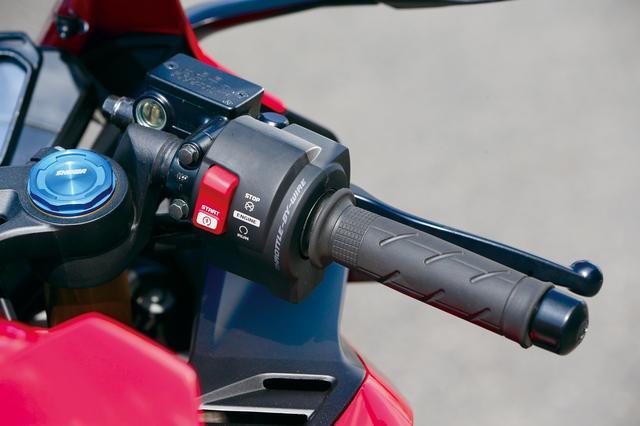 画像: 現在250で唯一導入のスロットル・バイ・ワイヤ。アクセル開度とエンジン回転数からECUが判断し、最適なアクセル開度を制御。