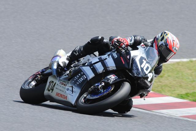 画像: 鈴鹿、菅生、8耐は「ドリームレーシング」名義で走る山口 母体は変わらずTOHOレーシングですね