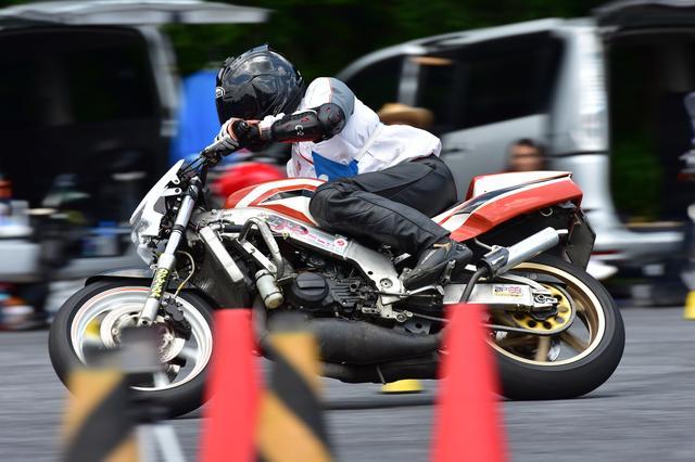 画像: B級1位 関根 健&NSR250R 1分45秒140