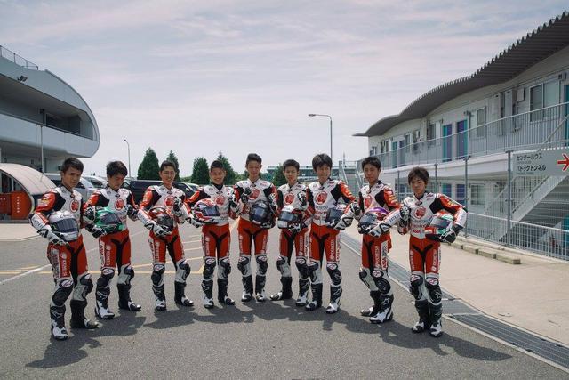 画像: 全員そろってはいないけど、IATCには22名のライダーが参加 うち日本人ライダーは8人です