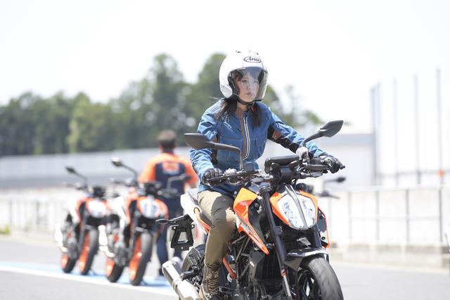 画像: 革ツナギ編は、また次回。試乗レポートはオートバイ8月号に掲載中。