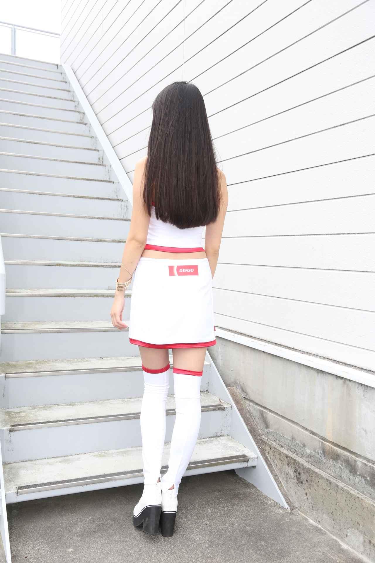 画像5: DENSO鈴鹿8耐レースクィーンは荒井つかさ さん!