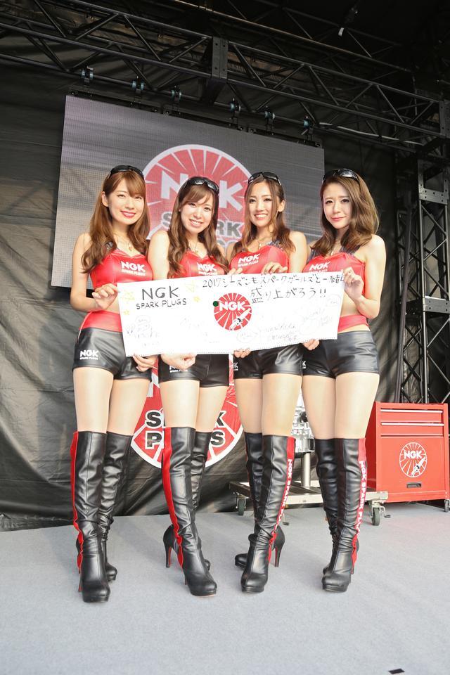 画像: 左から藤谷彩香さん、市川歩美さん、山下春菜さん、寺地みのりさん。