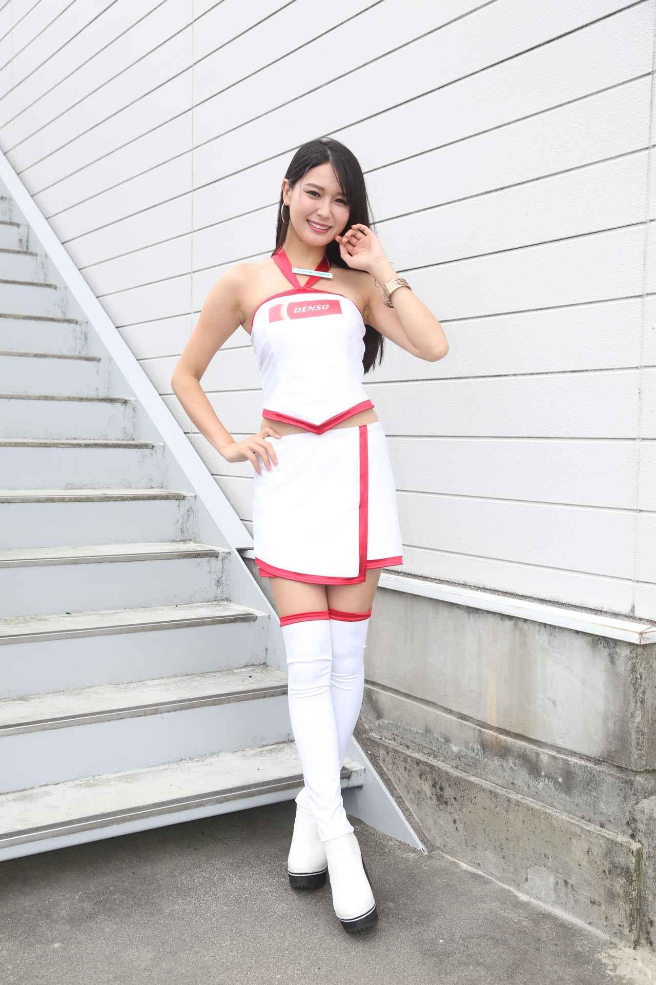 画像2: DENSO鈴鹿8耐レースクィーンは荒井つかさ さん!