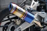 画像: 試乗車に装着されていたのはスリップオン・タイプSのDB(ドラッグブルー)。チタン素材なので錆びることがなく、汚れが付着しにくいので手入れも簡単だ。