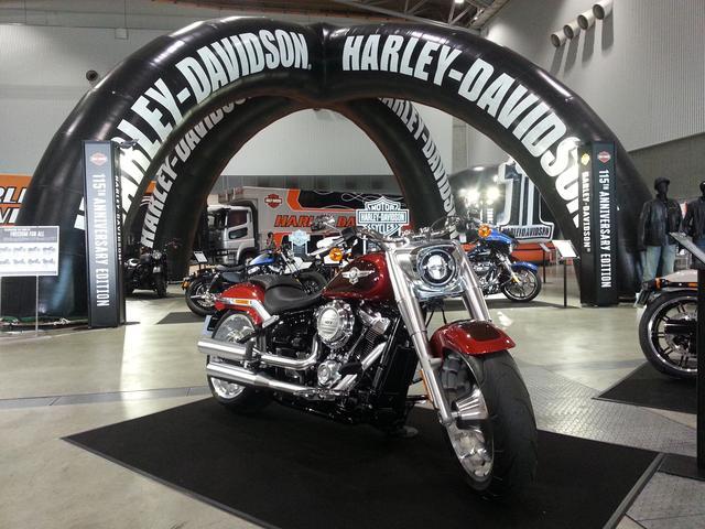 画像1: 先月、アメリカで2018年ハーレーダビットソン新モデルが全33モデル発表されました!