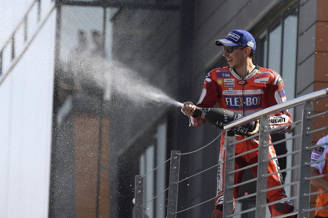 画像: 「ドゥカティでの初優勝は遠くないよ」とロレンソ 終盤戦のもてぎ、セパンはチャンス!
