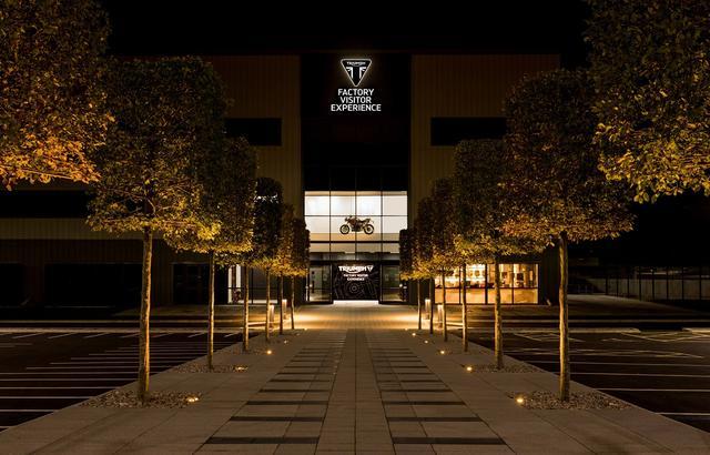 画像: トライアンフビジターセンターは11月1日からオープンします。ファクトリーツアーは予約制です。チケットは以下のリンクより入手できます(Only English)