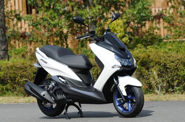 画像1: 大人気の155スクーター「マジェスティS」 新型が日本GP会場でこっそりお披露目されていた! YAMAHA MAJESTY S