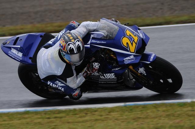 画像: 12位フィニッシュ、4ポイント獲得 出場した日本GPで全戦ポイントを獲得している中須賀 スゴい!