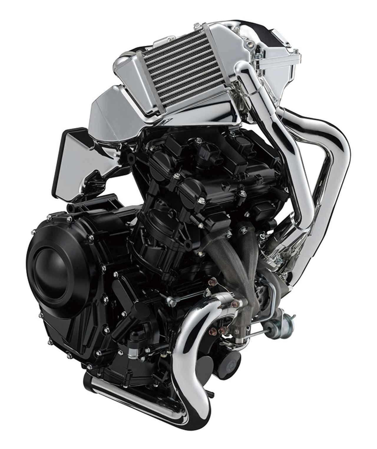 画像: 2年前の東京モーターショーに出展されたXE7エンジン。600㏄クラスのDOHCツインで、後方排気のリカージョンとは異なり、こちらは前方排気で、インタークーラーも採用する。