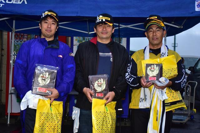 画像: 写真左からランキング1位・富永選手、2位・池田選手、3位・辻家選手