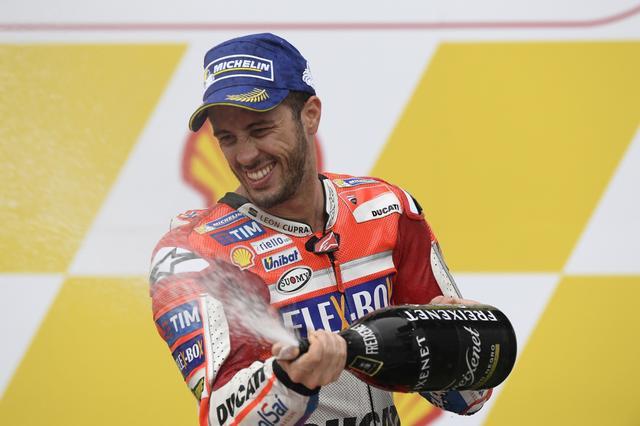画像: 去年までドゥカティで5年で1回しか勝っていなかったドビツィオーゾが、今シーズンだけで6勝です!