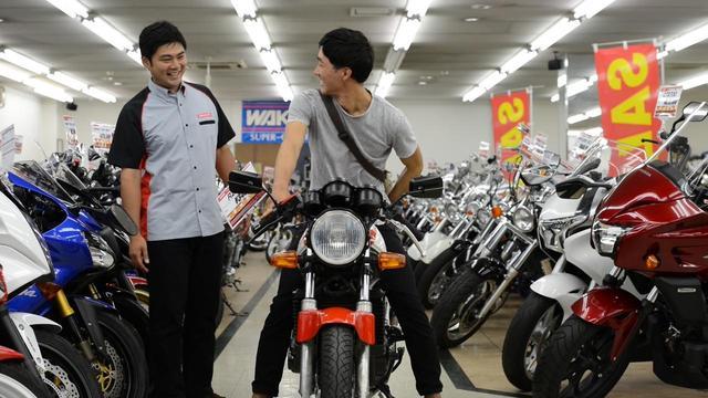 画像2: 大学生がバイクとの出会いで人生が少しずつ変化していくストーリー
