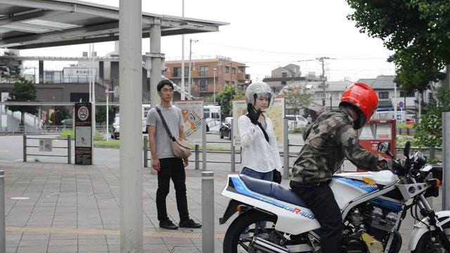 画像1: 大学生がバイクとの出会いで人生が少しずつ変化していくストーリー